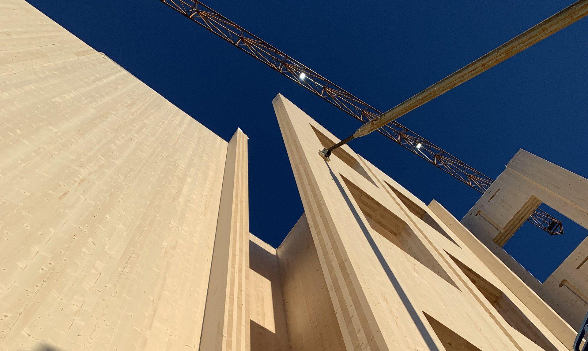 10 etasjer med massivtre - Et kontorbygg har sjelden vært nærmere naturen.